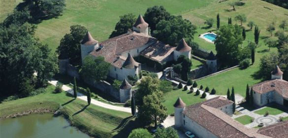 Le Chateau Couronneau vue du ciel